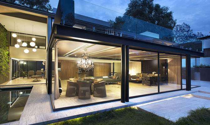 Adorable Great Modern Glass House Exterior Designs