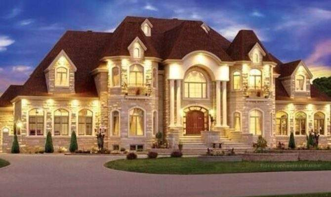 Architecture Design Twitter Huge Mansion