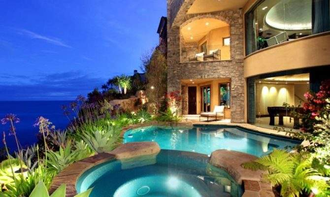 Beautiful Luxury Mansion California