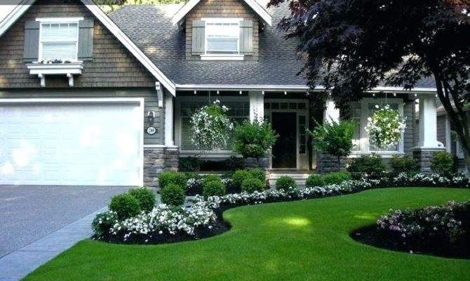 Colonial Front Yard Landscaping Ideas Womentrendshoes Club