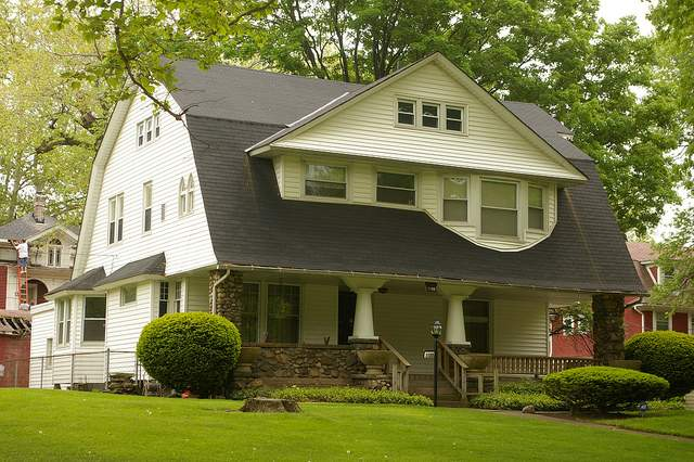 Colonial Revival House Gambrel Roof Circa