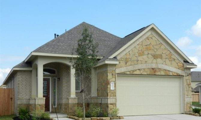 Displaying Beautiful Brick Stone Homes