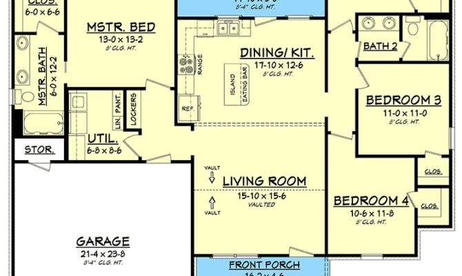 Exclusive Bed Simple Living House Plan