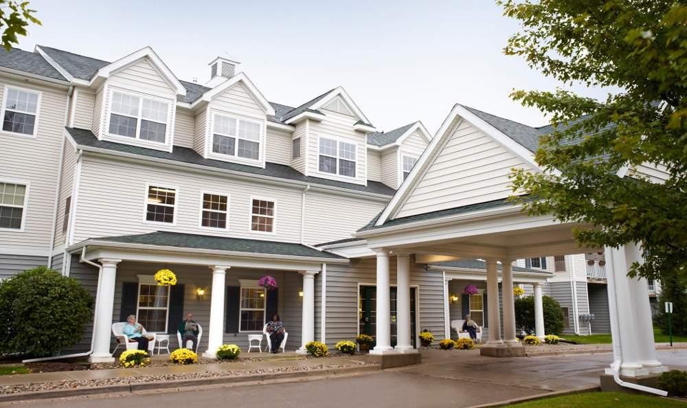 Flint Senior Living American House North