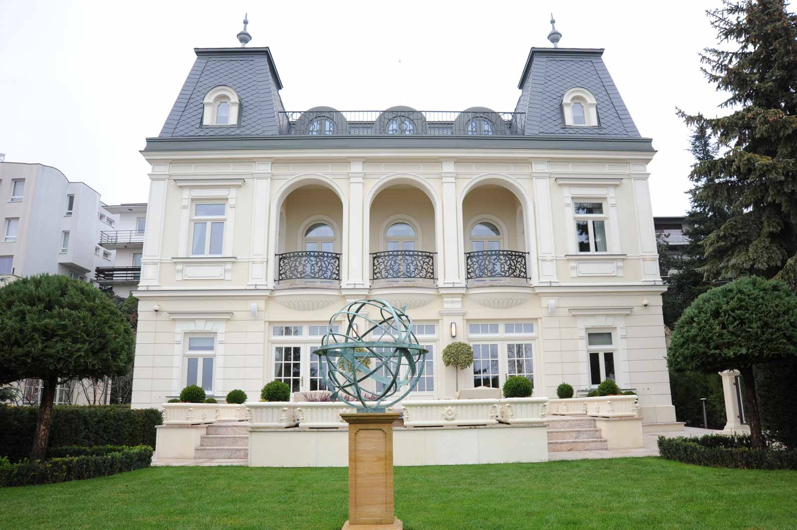 French Country Has Always Been Characterized White Windows