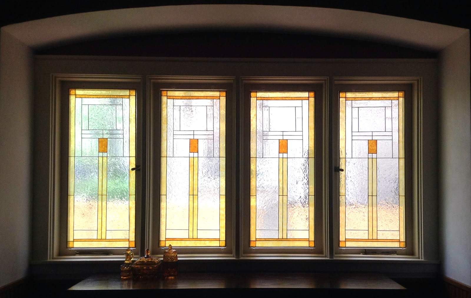 Glass Class Susan Craftsman Style Dining Room Windows