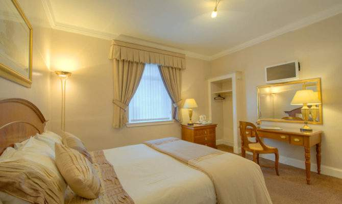 Guest House Accommodation Suite Rooms Edinburgh