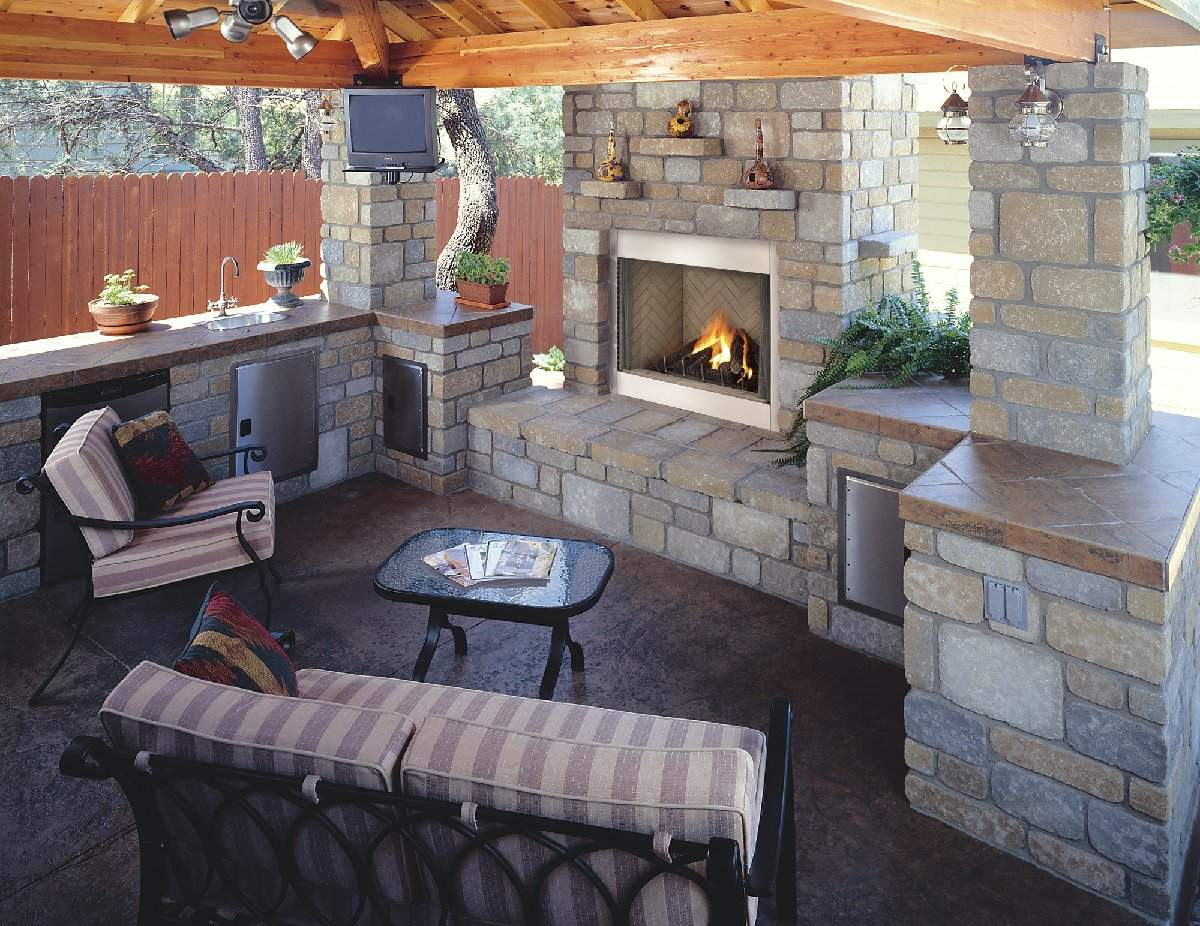 Installing Outdoor Kitchens Fire Places Landscaping