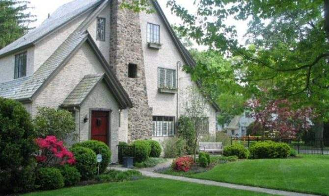 Know Buying Older Home Good Investment