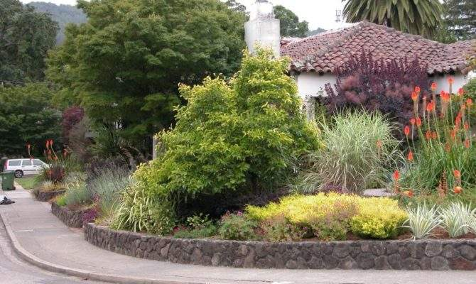 Landscape Ideas Corner Lot Landscaping
