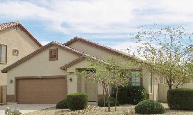 Large Single Story Home Maricopa