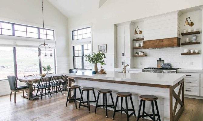 Modern Farmhouse Style Utah Features Stylish Living Spaces