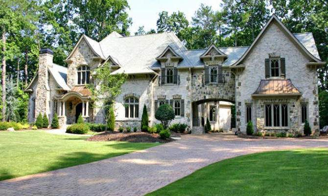 Old World Style Home Arched Porte Cochere Like