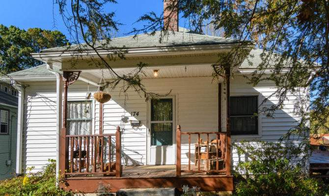 Puffer Properties Just Listed Cute Bungalow Home