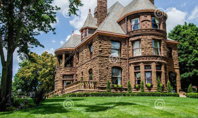 Queen Anne Style Home Material