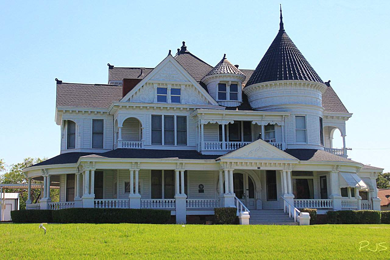 Scarborough House Bonham Texas Old Home Pioneer Banker