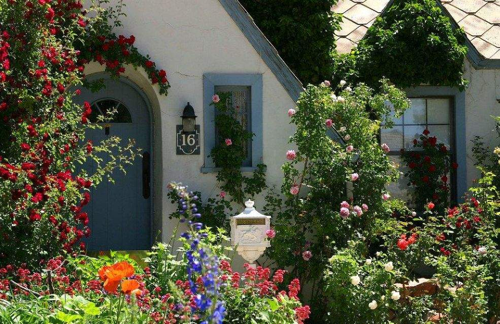 Secrets Creating Country Cottage Garden Huffington Post