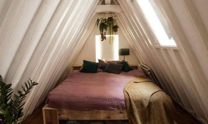 Small Attic Bedroom Photos