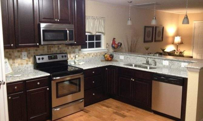 Small Open Concept Kitchen Traditional