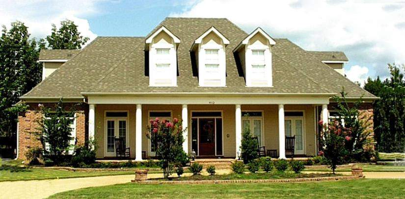 Southern Country Farmhouse Style House Floor Plan Plans
