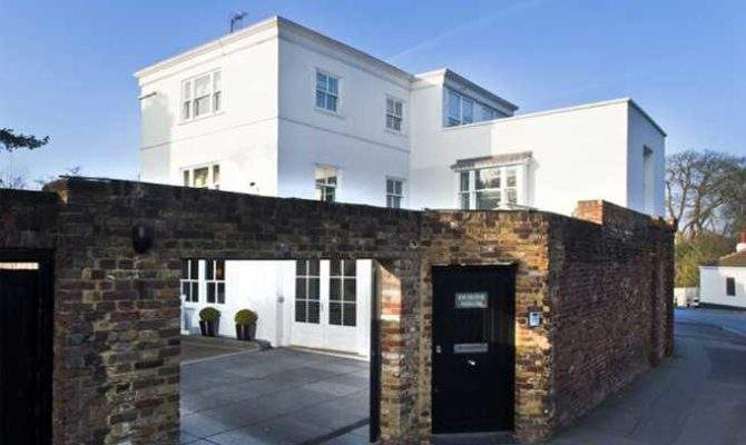 Style Harry Styles New House