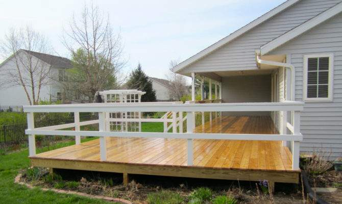 Sunny Shaped Deck New Prairie Construction