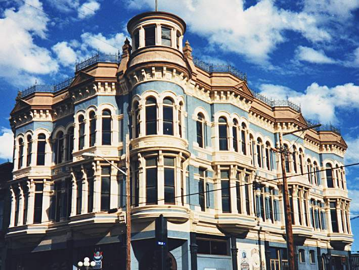 Victorian Commerical Building One Isn House
