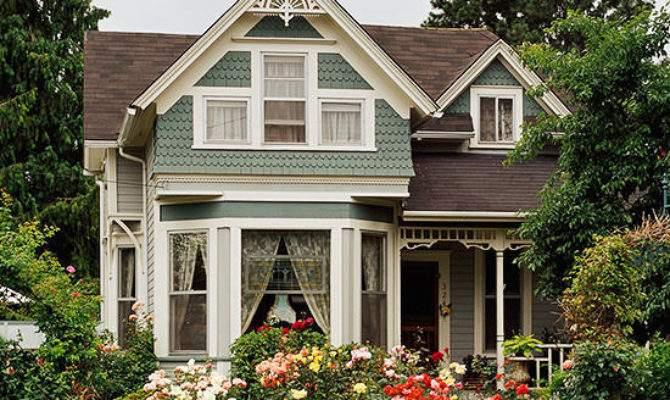Victorian Style Home Features Ideas Design
