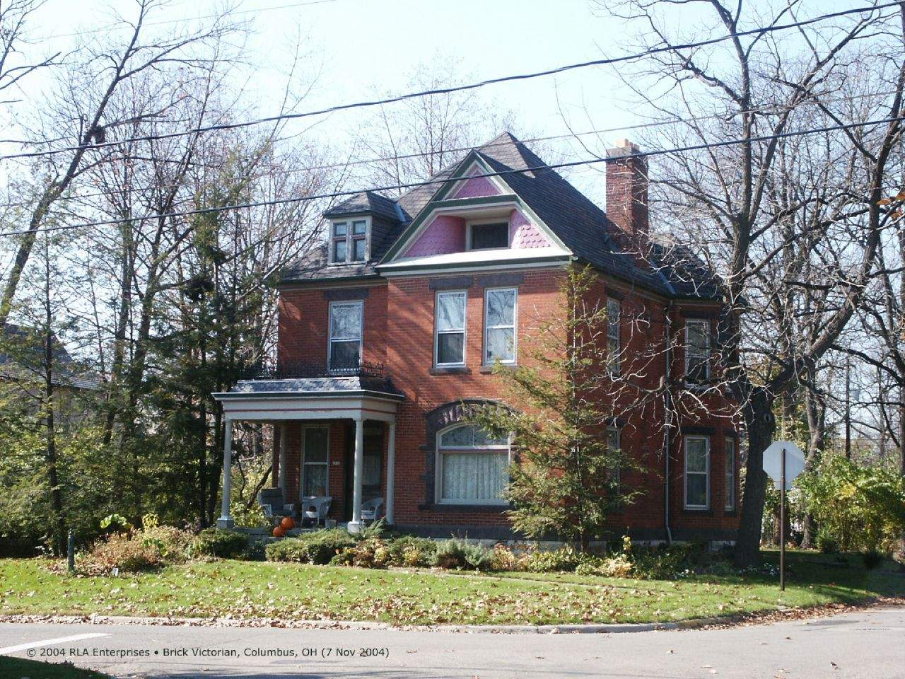 Victorian Style Homes Characteristics