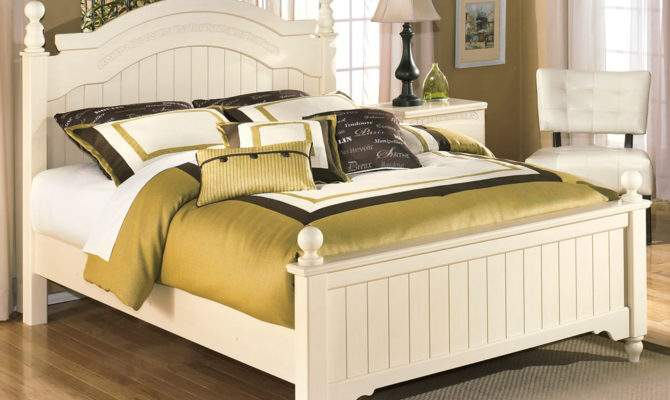 White Queen Poster Bed Furniture Stores Chicago